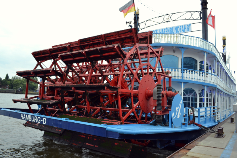 hamburg ship