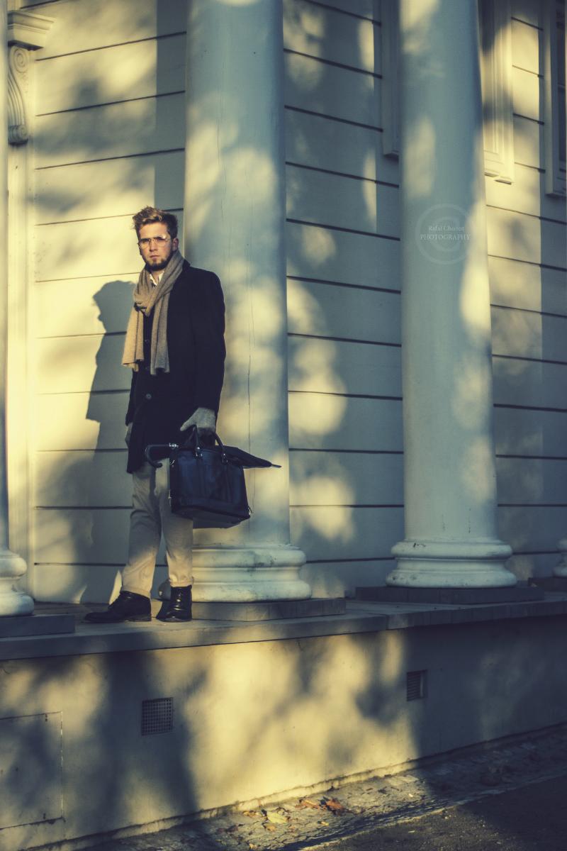 długi czarny płaszcz męski