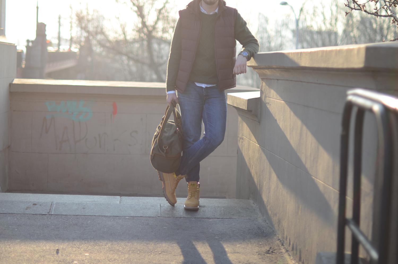 jeansy i kamizelka
