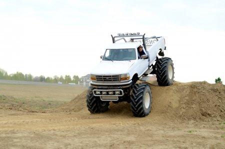 Mój pierwszy raz- ekstremalna jazda Monster Truck