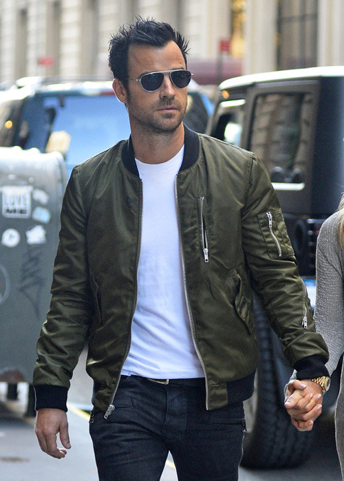 Aniston+Justin+Theroux+man celebrity casual style