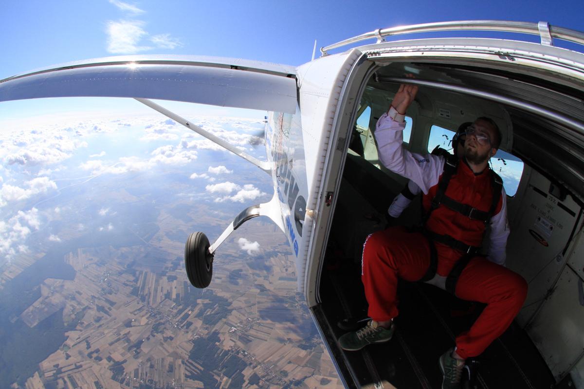 moj pierwszy raz - skok ze spadochronem