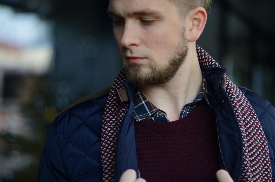 bordowy-meski-sweter