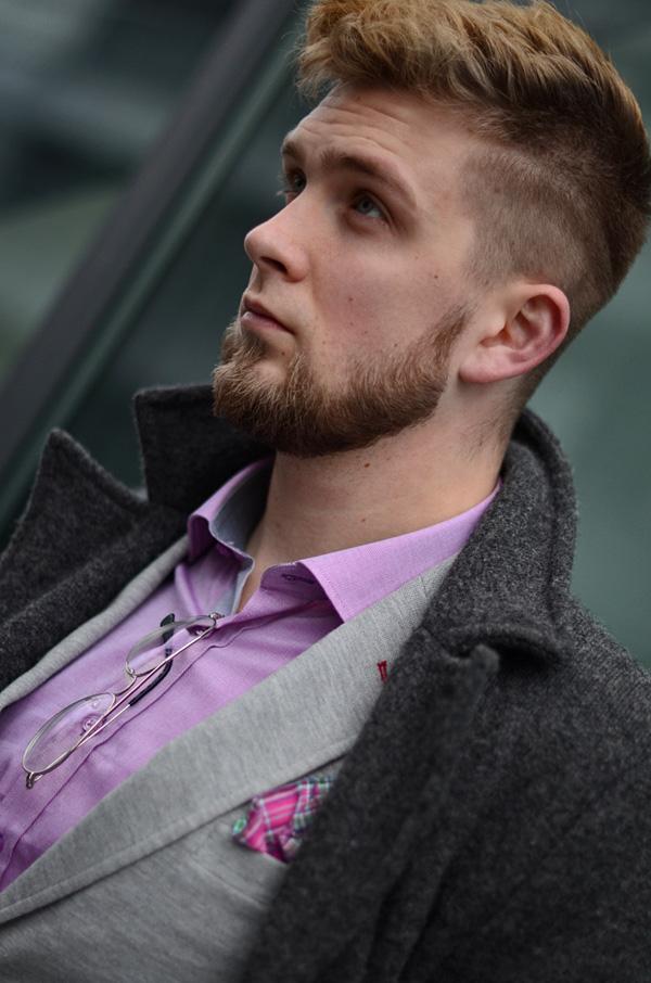 rozowa koszula i poszetka