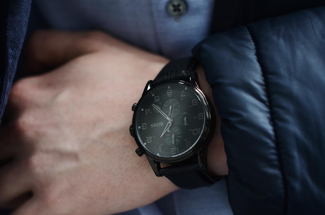 meski czarny elegancki zegarek hugo boss
