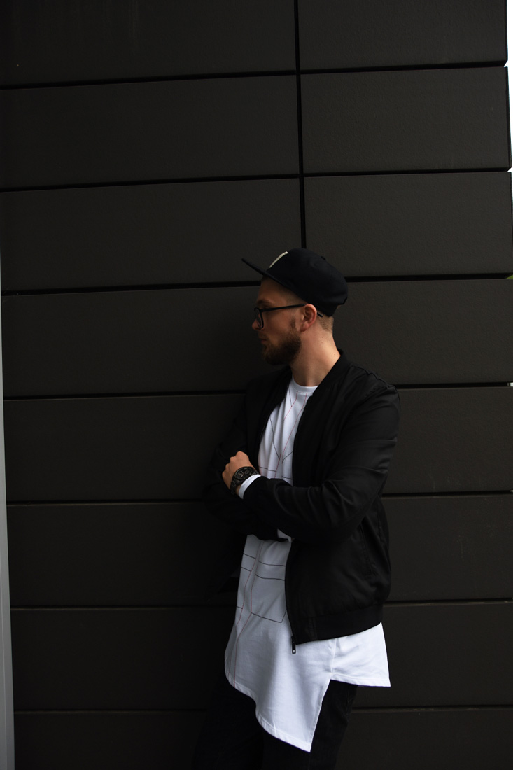 asymetryczna bluza streetwear