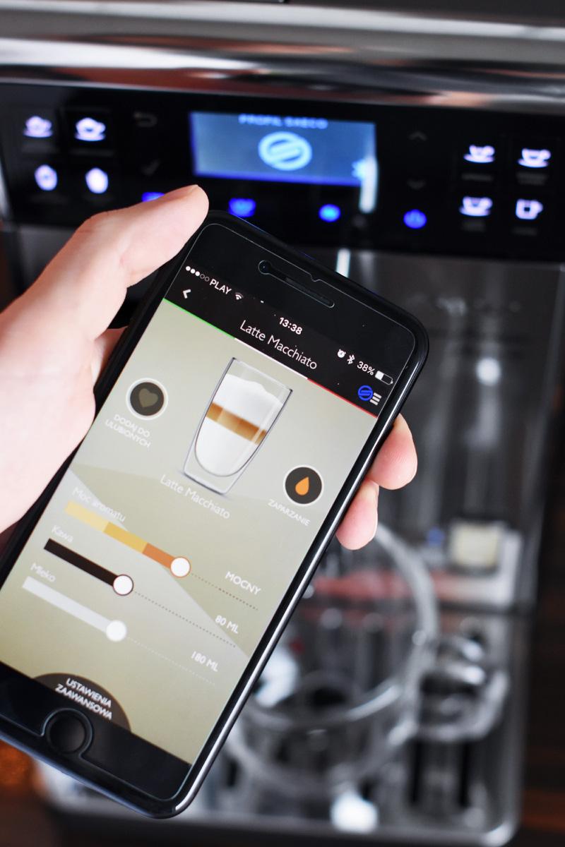 aplikacja-ekspres-do-kawy-saeco-baristo