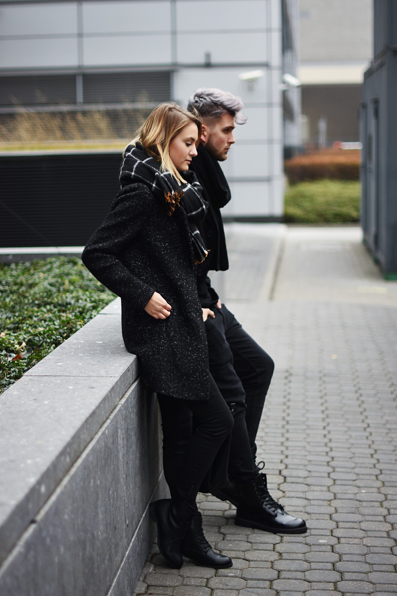 couple-black-outfit