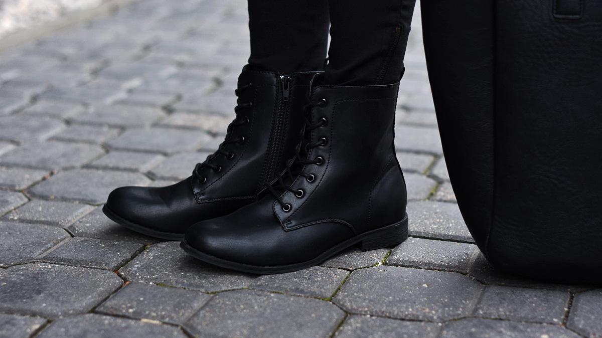 damskie-czarne-buty-skorzane