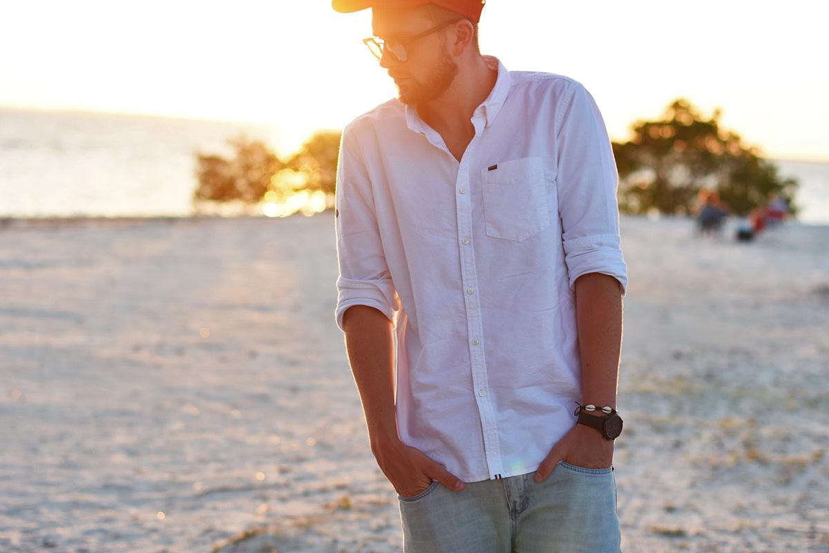 koszula biala jeansy superdry
