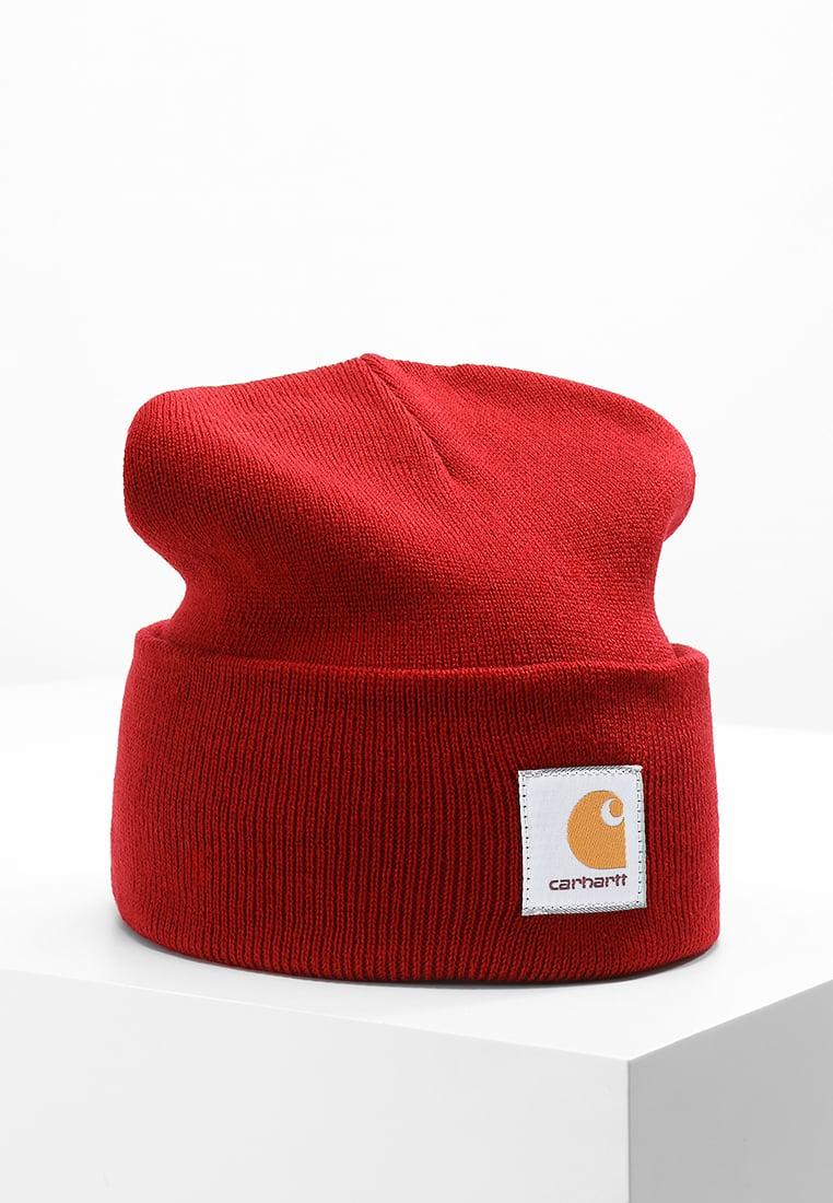 czerwona czapka carhartt
