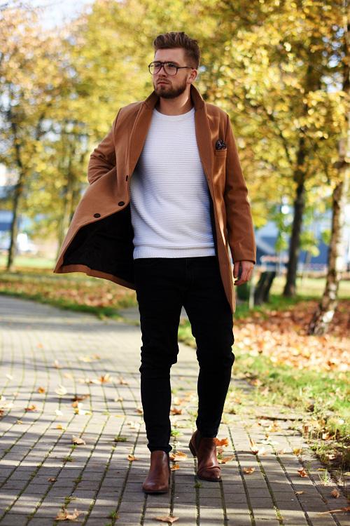 stylizacja jesinna podlinski bialy sweter plaszcz