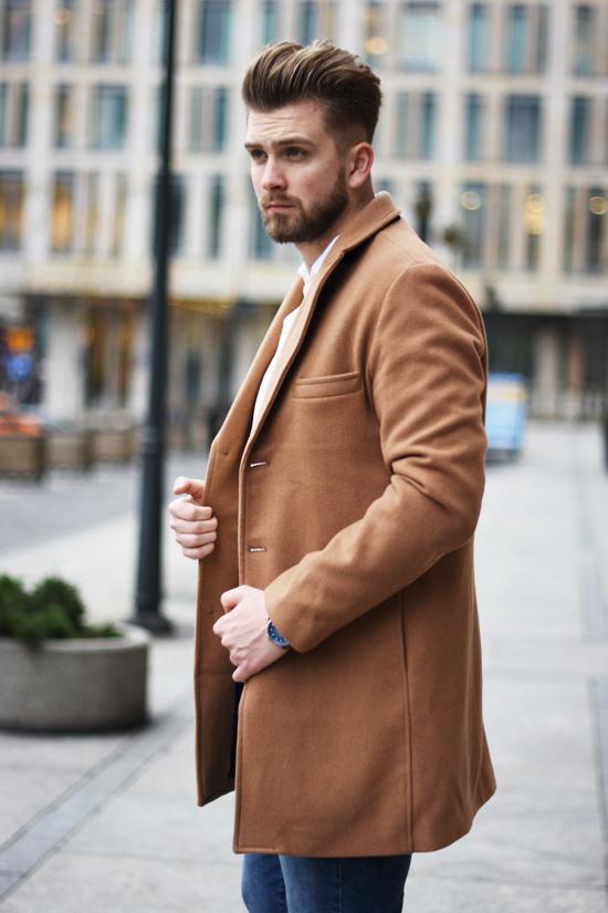 men camel coat outfit