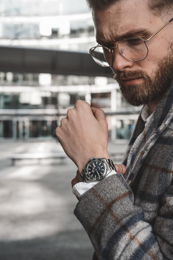 zegarek orient stylizacja meska